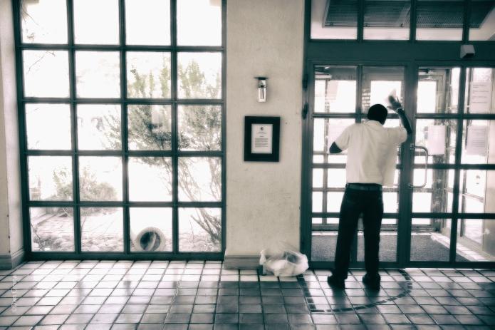 Mannen i fönster 2