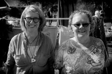 Susanne & Anita en av många konsthantverkare